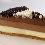 tarta-3-chocolates - Restaurante El Cruce - Alcalá del Júcar